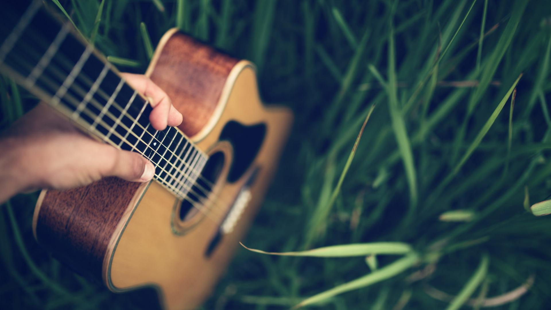 Course image acoustic guitar android wallpaper